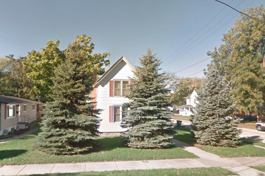 403 Jackson Ave., Dixon 61021